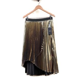 Halogen Atlantic-Pacific NWT Plus Size Gold Skirt